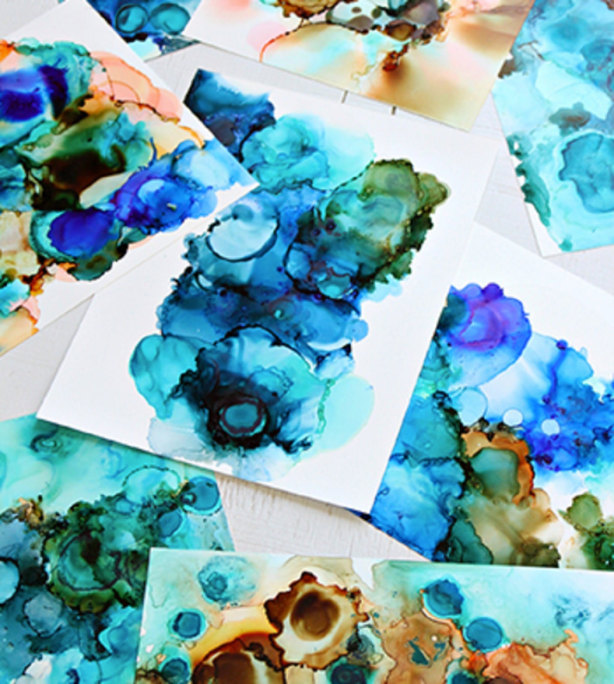 Alcohol Ink Art Class - WA Accommodation