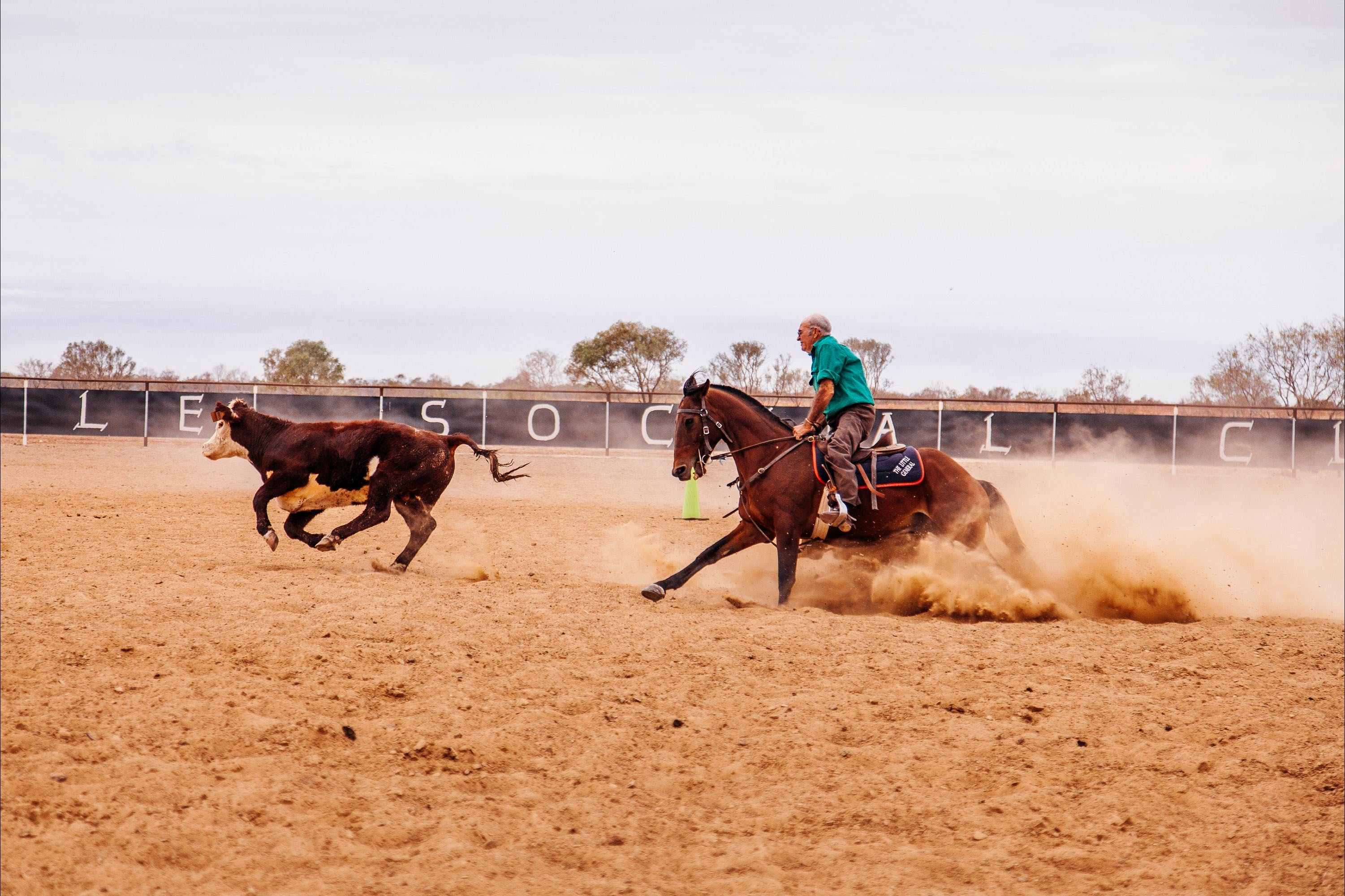 Birdsville Campdraft  Rodeo and Bronco Branding - WA Accommodation
