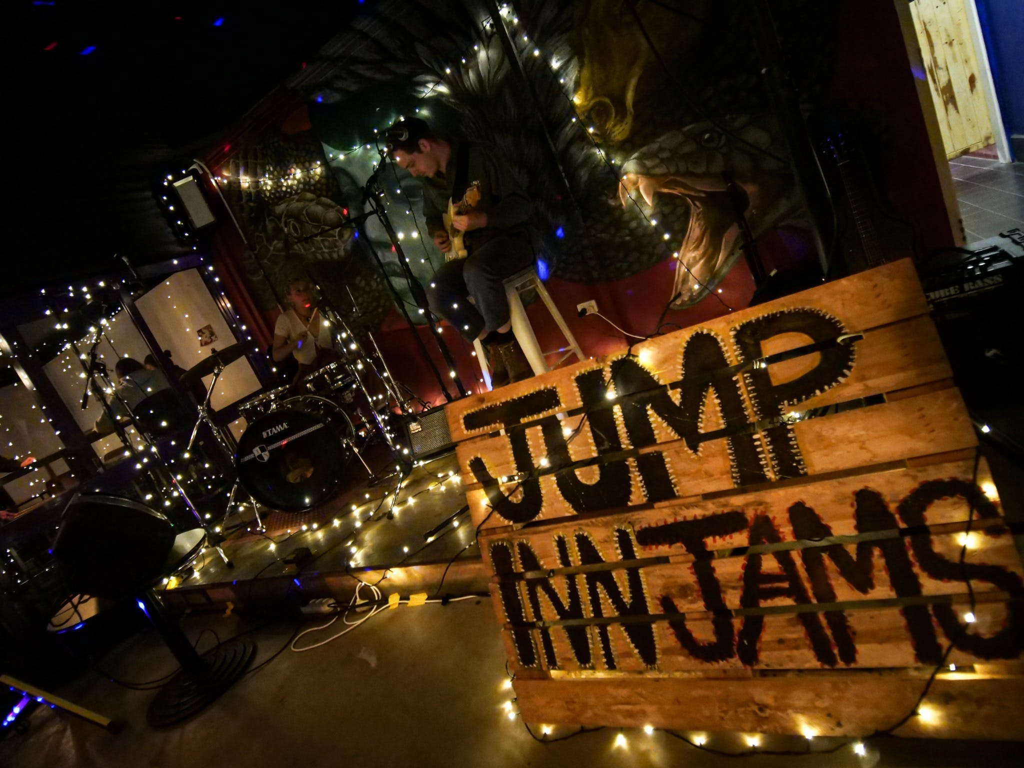 Jump Inn Jam Sessions - WA Accommodation