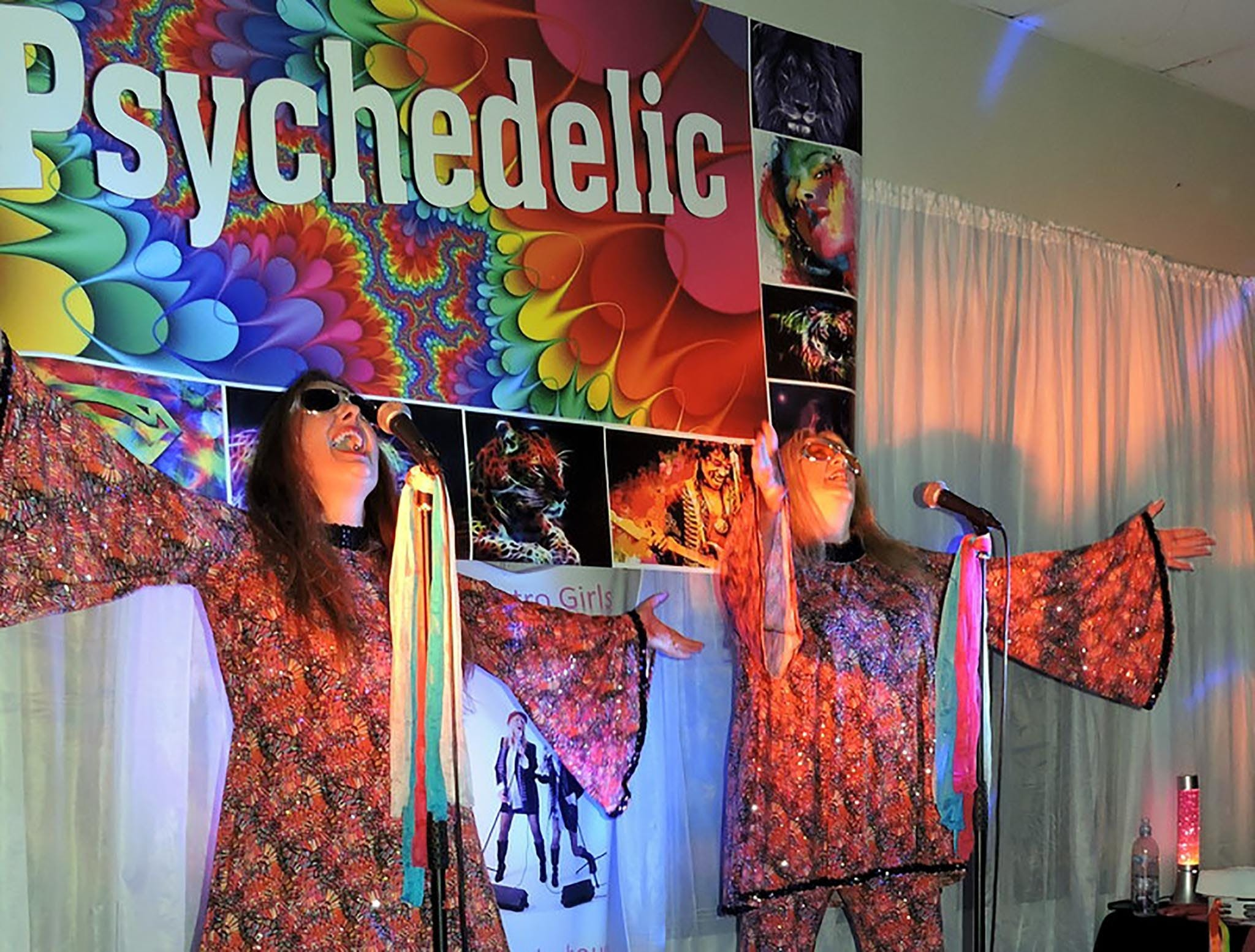 Psychedelic 70s Show The Retro Girls - WA Accommodation
