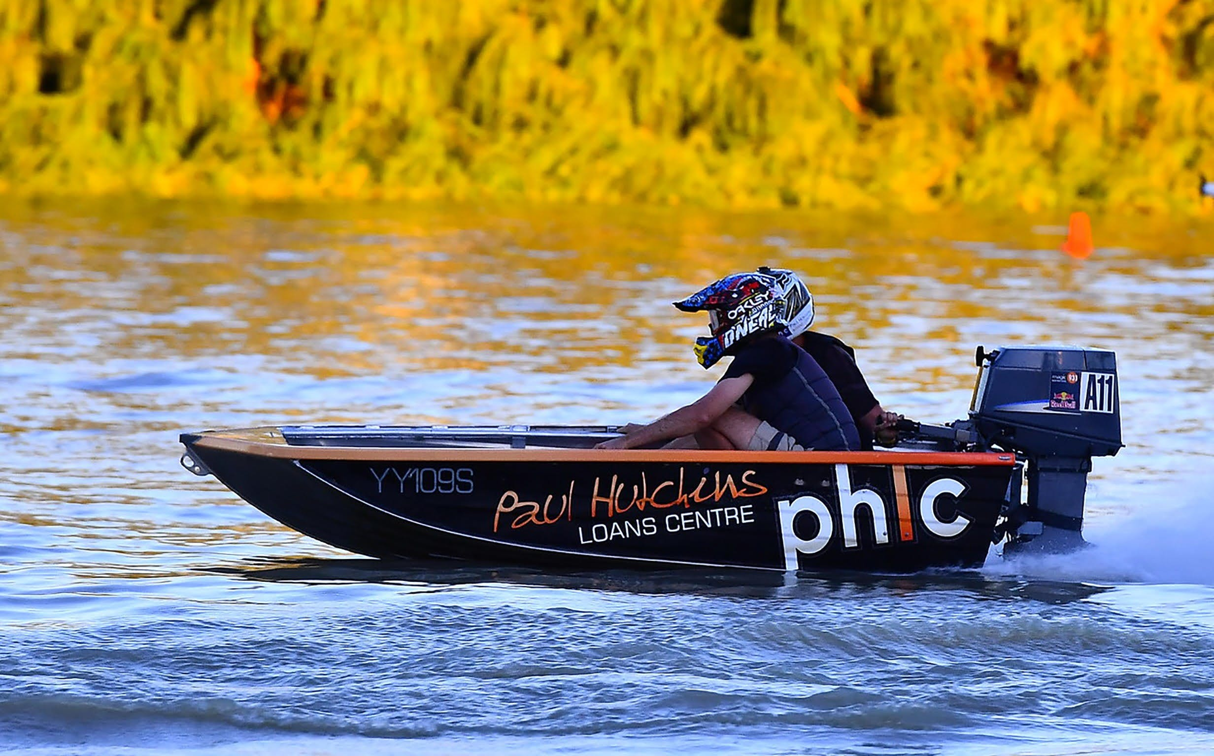 Round 6 Riverland Dinghy Club - The Paul Hutchins Loan Centre Hunchee Run - WA Accommodation