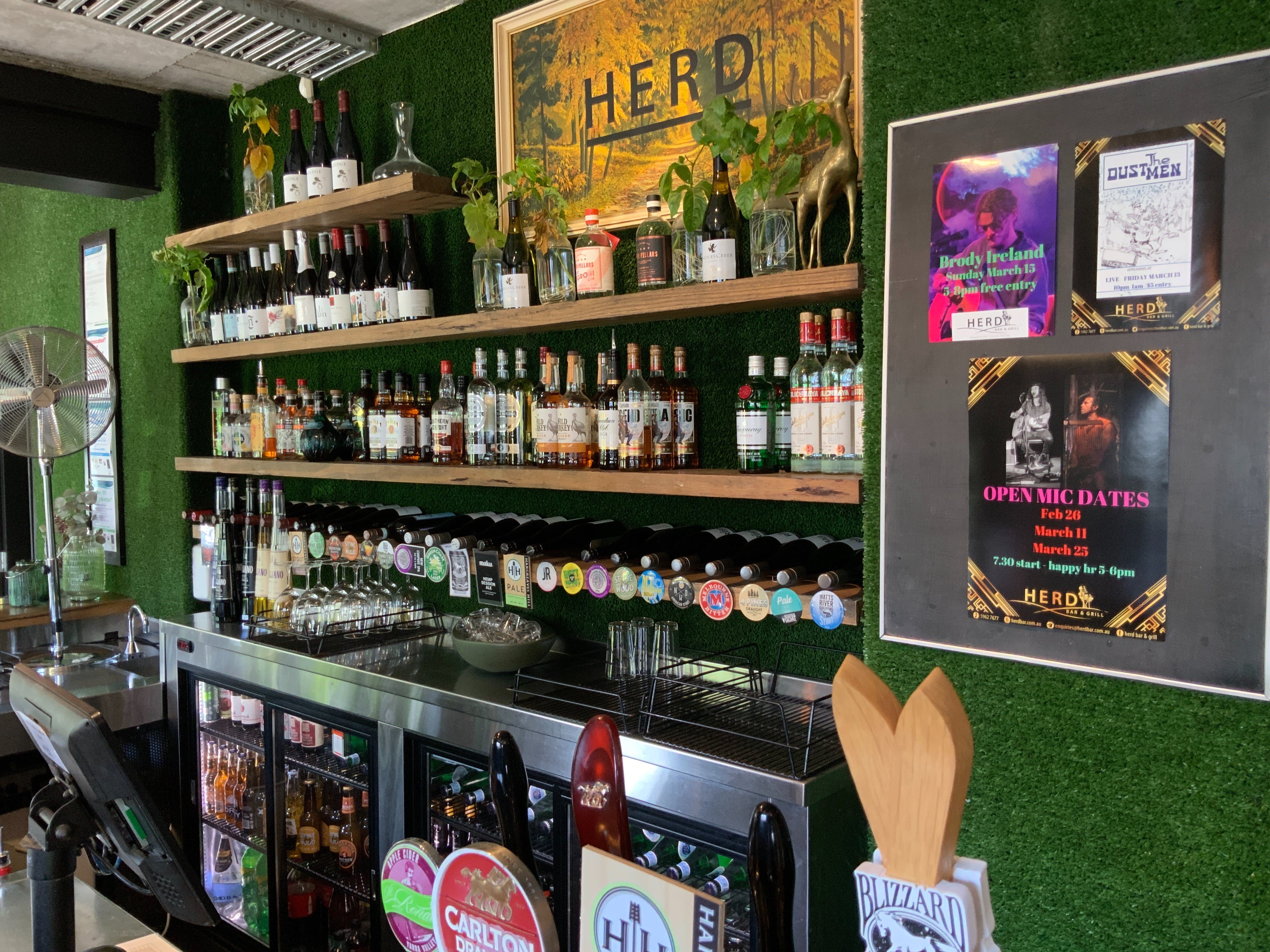 Open Mic at Herd Bar and Grill - WA Accommodation