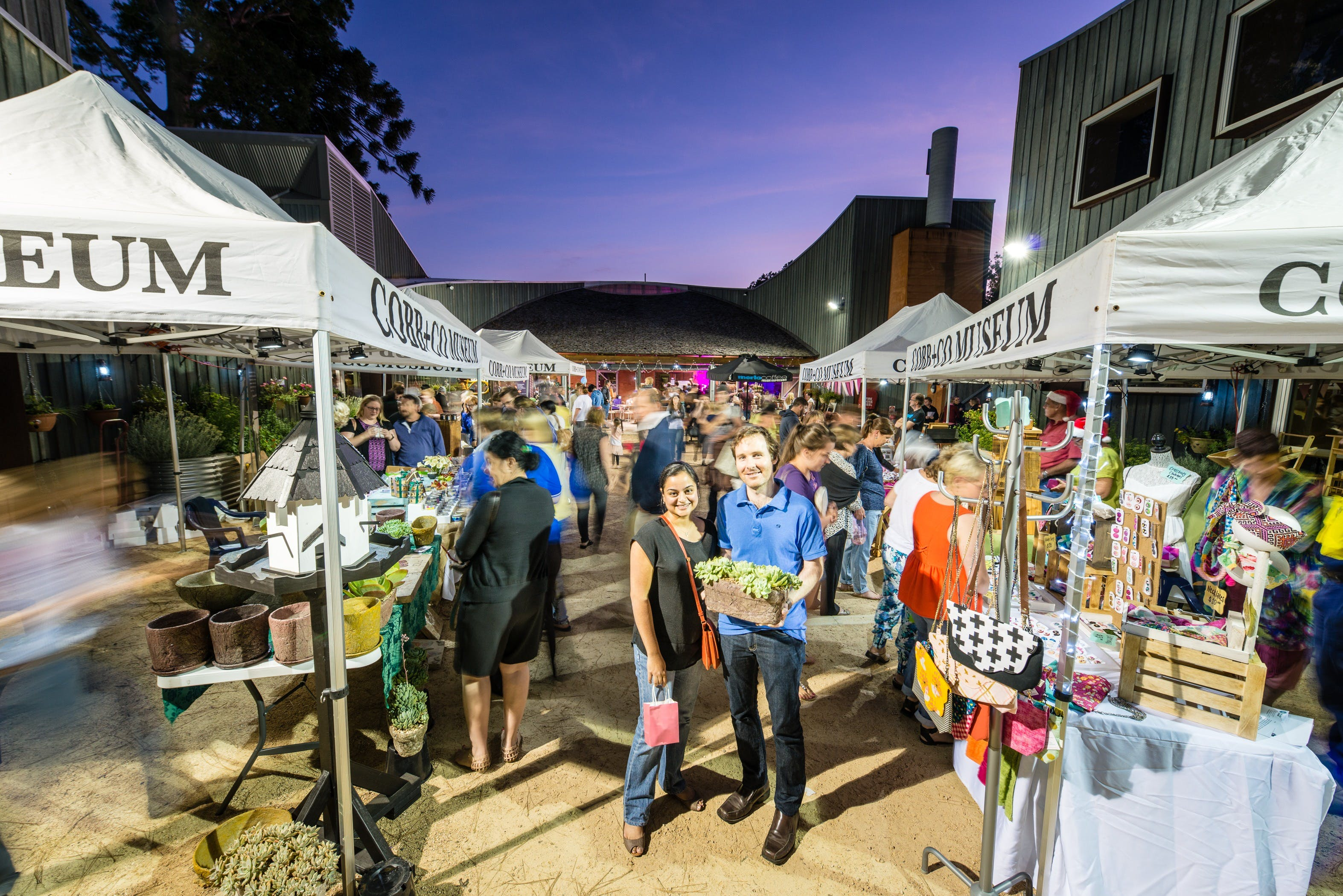 Hand Made Under the Stars - Twilight Market - WA Accommodation