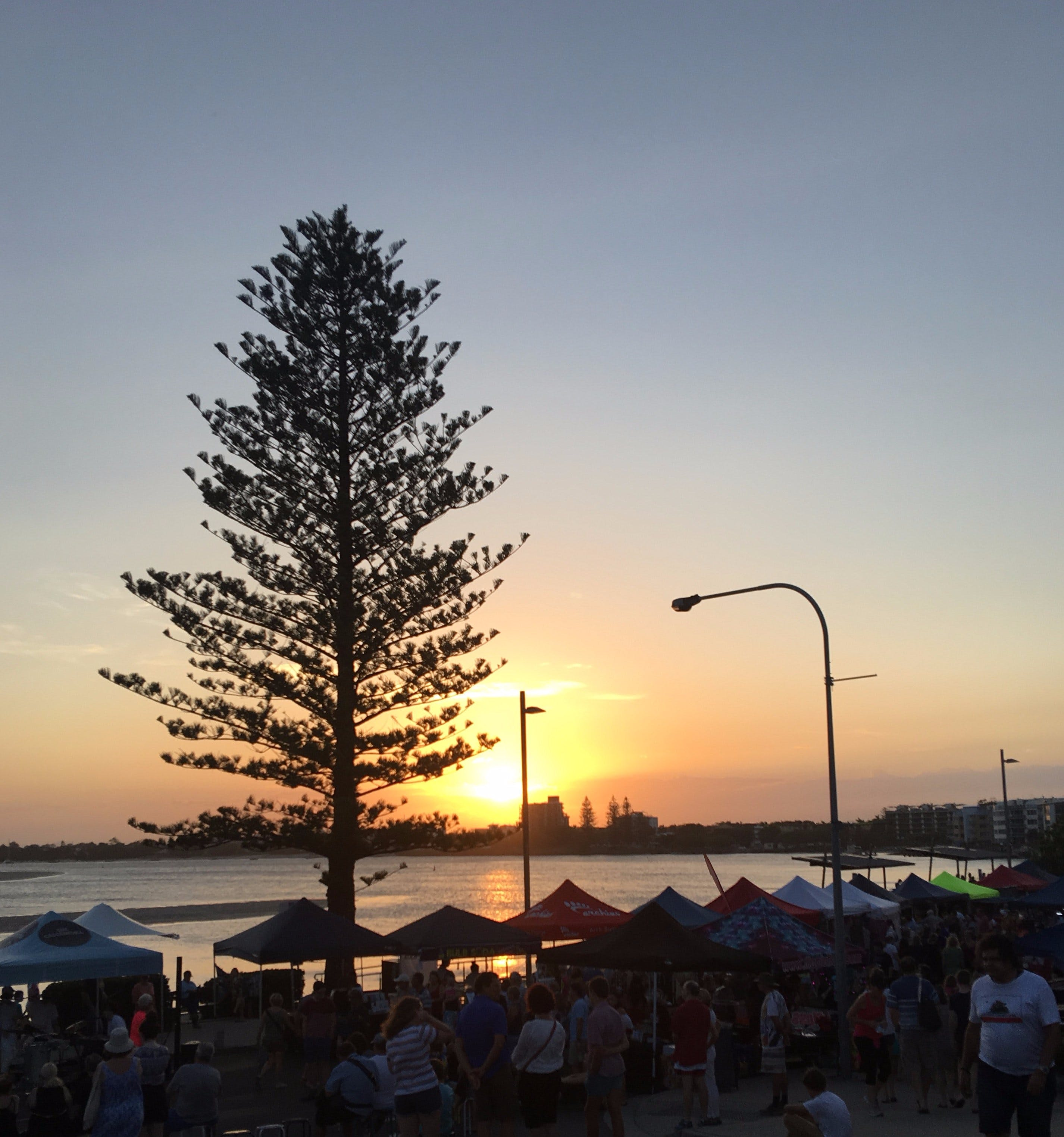 Twilight Markets Caloundra - WA Accommodation