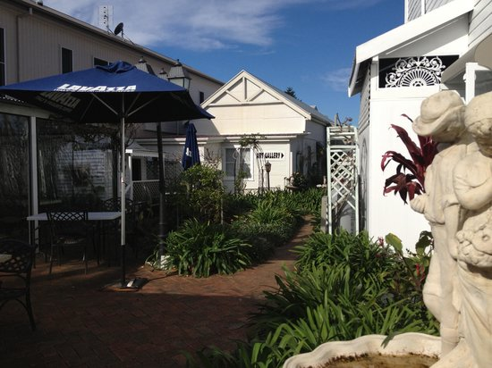 House of Gabriel - WA Accommodation