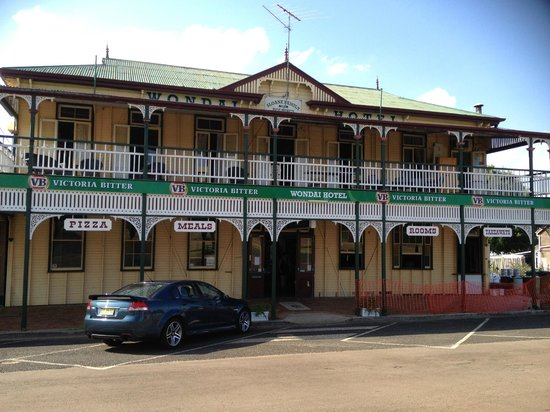 The Wondai Hotel  Cellar - WA Accommodation