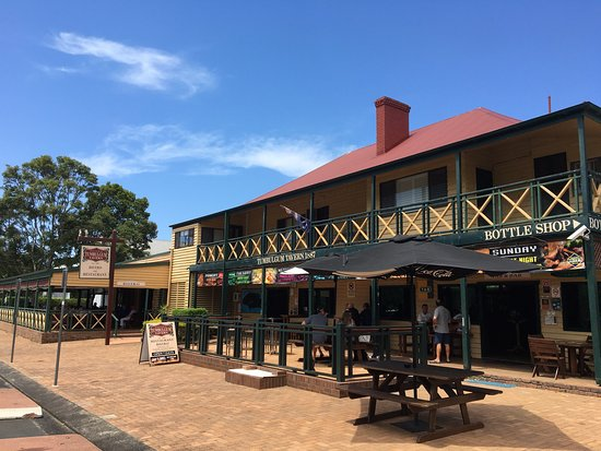 Tumbulgum Tavern - WA Accommodation