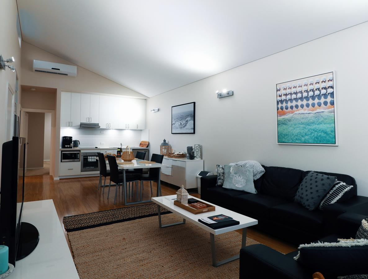 Villa Sedici  Cape Villas Dunsborough - WA Accommodation