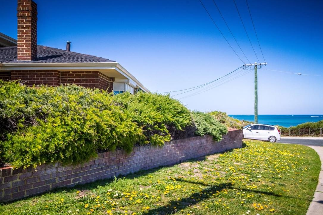 Yanchep Beach Retreat - WA Accommodation