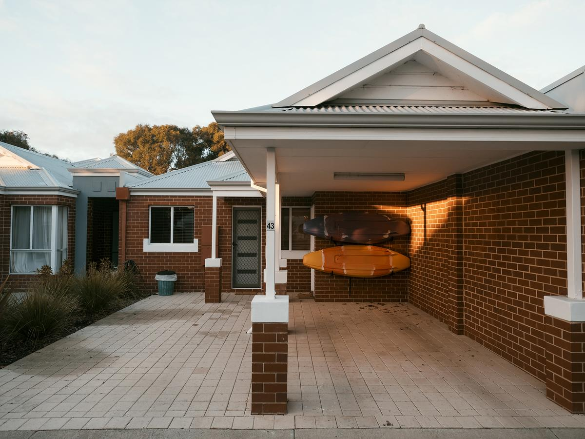 FortyThree - Oceanside Retreat Busselton - WA Accommodation