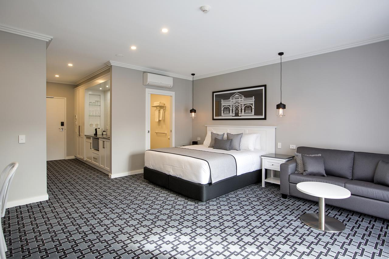 CH Boutique Hotel - WA Accommodation