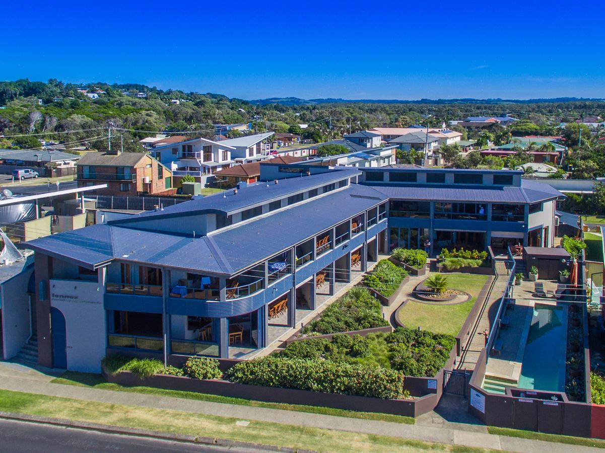 Lennox Holiday Apartments - WA Accommodation
