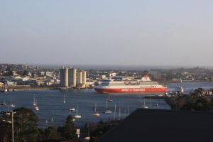 DevonPORT VIEWS - WA Accommodation