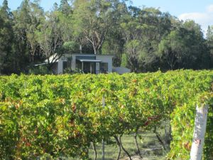 Just Red Wines Cabins - WA Accommodation