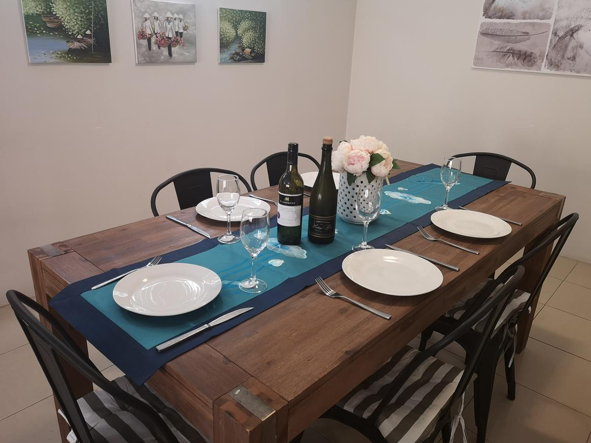 Holiday home near Perth City / Airport / Stadium / Casino - WA Accommodation