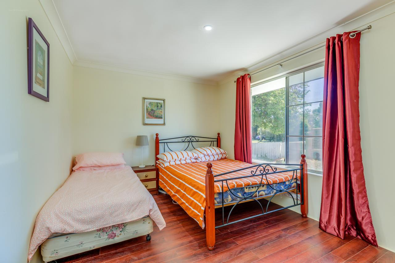 Brilliant, Neat, Convenient, Family-friendly House - WA Accommodation