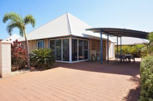 Osprey Holiday Village Unit 122/2 Bedroom - Perfectly neat and tidy apartment - WA Accommodation