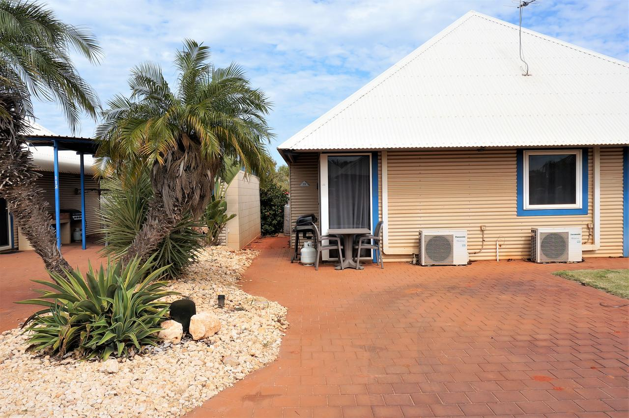 Osprey Holiday Village Unit 213/1 Bedroom - Spa bath king size bed perfect for any couple - WA Accommodation