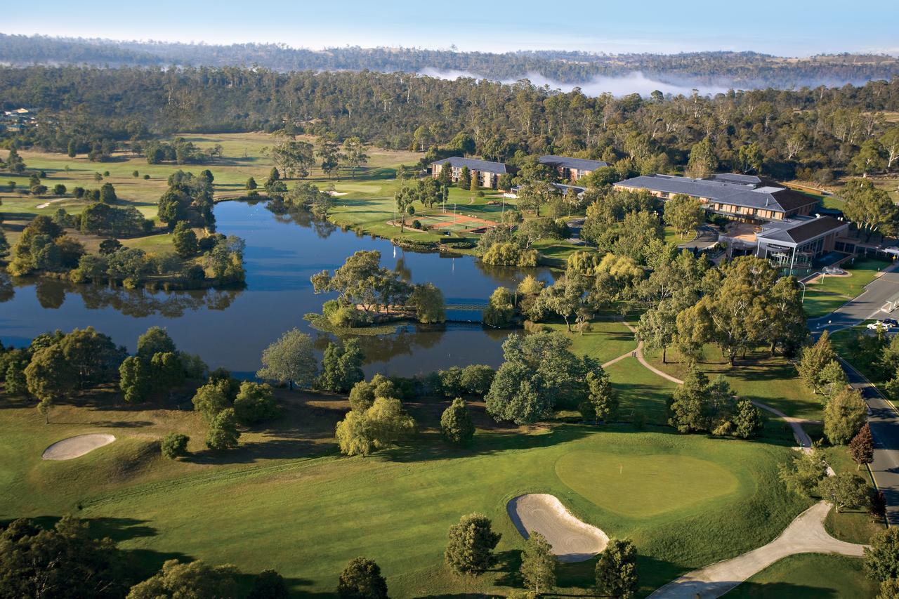 Country Club Tasmania - WA Accommodation