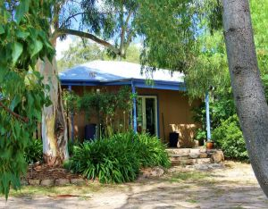 Rose Cottage - WA Accommodation