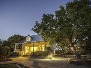 Vineyard Cottages - WA Accommodation