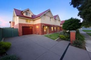 Albury Suites - Schubach Street - WA Accommodation