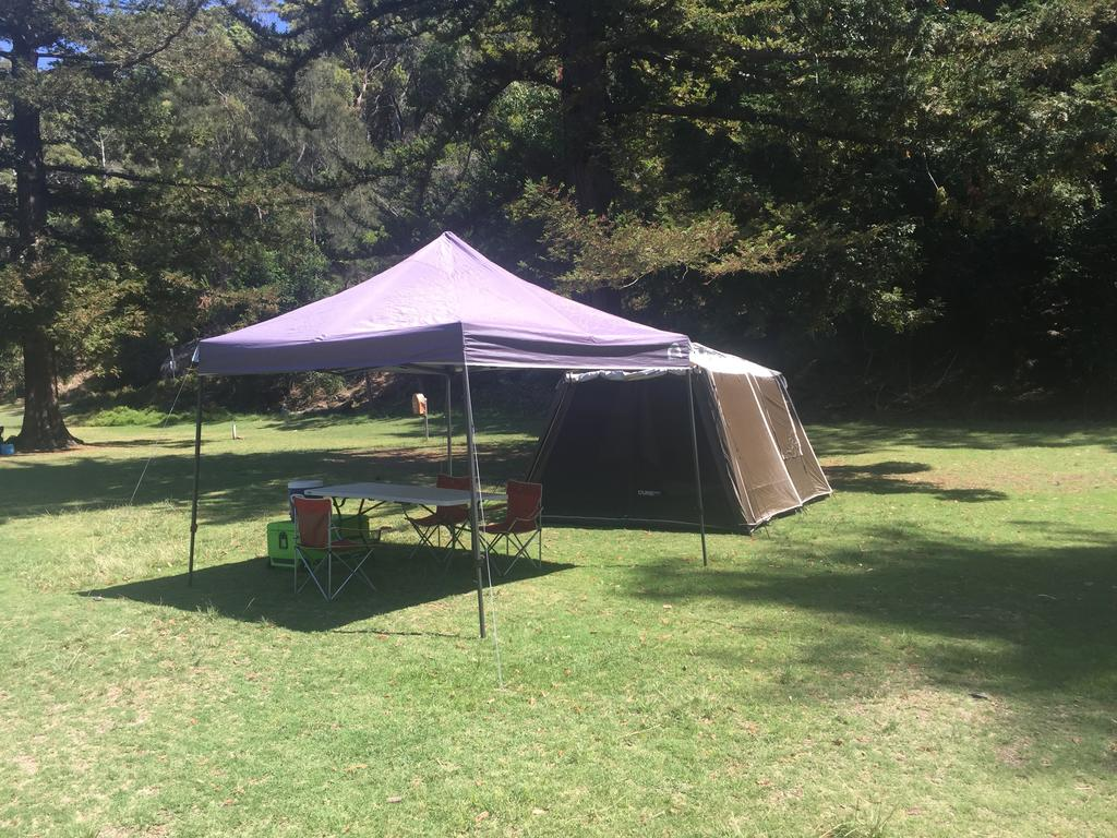 Basin Ku-ring-gai Campsite Set Up - WA Accommodation