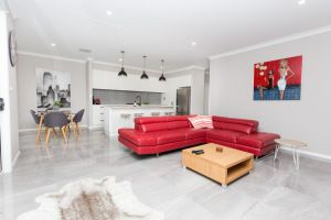 Best Central Wagga Townhouse - WA Accommodation